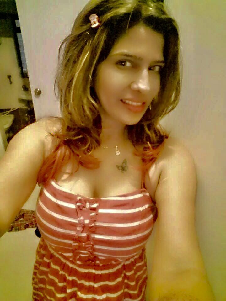Fulfill your sexual needs with hot and sexy mount Abu Escorts
